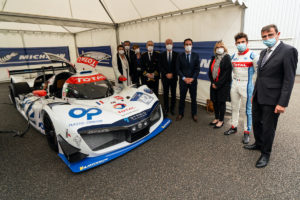 French Transport Minister Jean-Baptiste Djebbari (4th from the right side), during his test day of the MissionH24' GreenGT LMPH2G, Michelin testing center of Ladoux, 5th of October 2020. Copyright MissionH24/Michelin-Jérôme Cambier.
